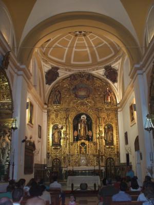 20110713204328-retablo-y-capilla2.jpg